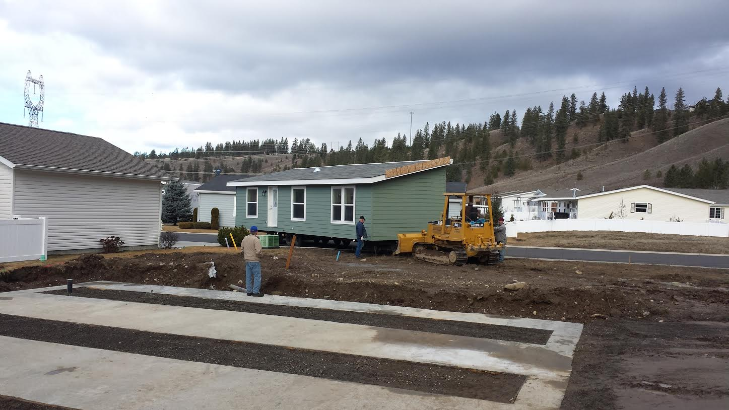 Manufactured home delivery peterson home center for Foundation for homes